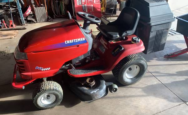 Photo craftsman mower, and accessories - $1,400 (Galesburg)