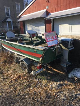 Photo 14 foot V hull Starcraft with trailer and 15 horse Evinrude outboard - $900 (Phoenixville)