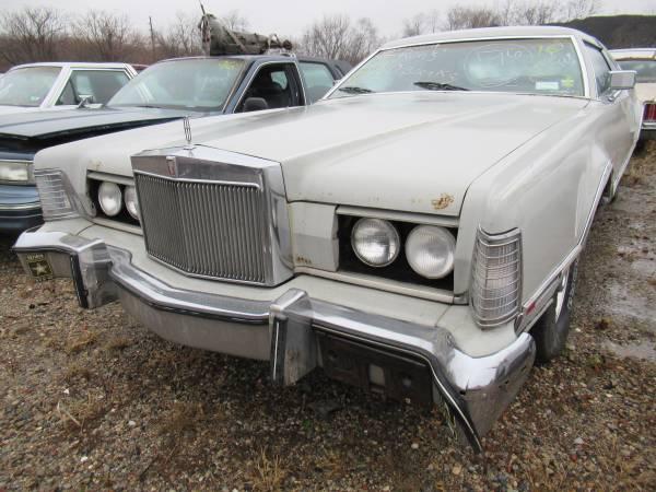 Photo 1976 Lincoln Mark IV Parts (Southwest Phila)