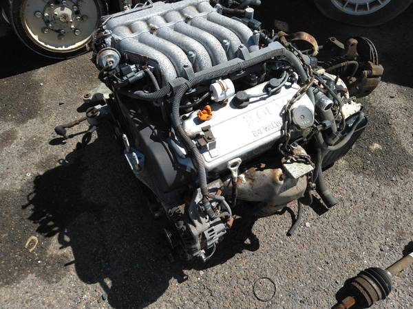 Photo 2003 2004 2005 Mitsubishi eclipse GTS 3.0L engine wauto trans - $500 (levittown)