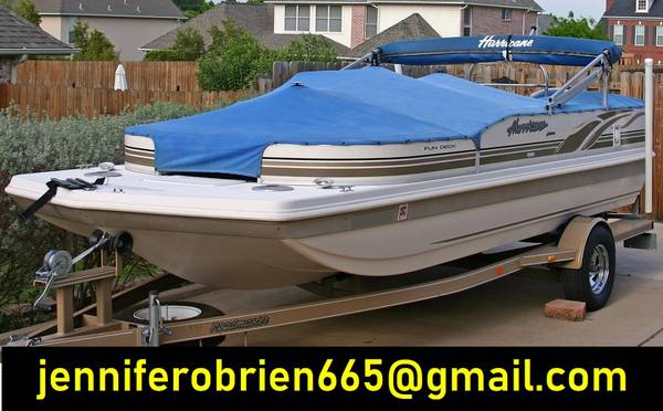 Photo 2003 Hurricane 198R Deck Boat - $1,400 (Lansdale)