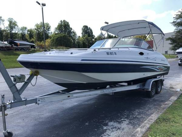 Photo 2011 Hurricane 237 Deck Boat 2339- Reduced - $32,900 (Frazer)