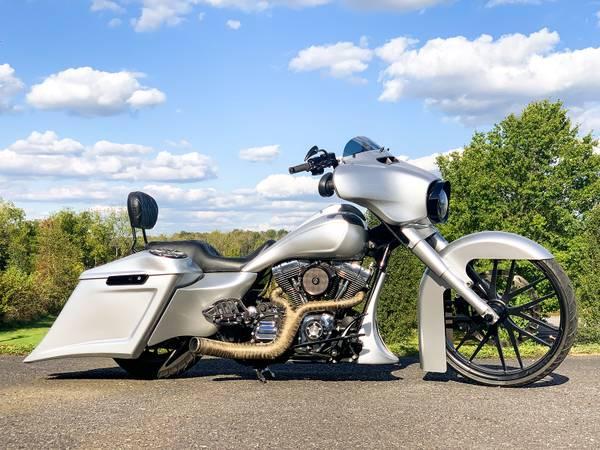 Photo 2014 Harley-Davidson Street Glide Special FLHXS Stretched Big Wheel - $24,995 (Zieglerville)