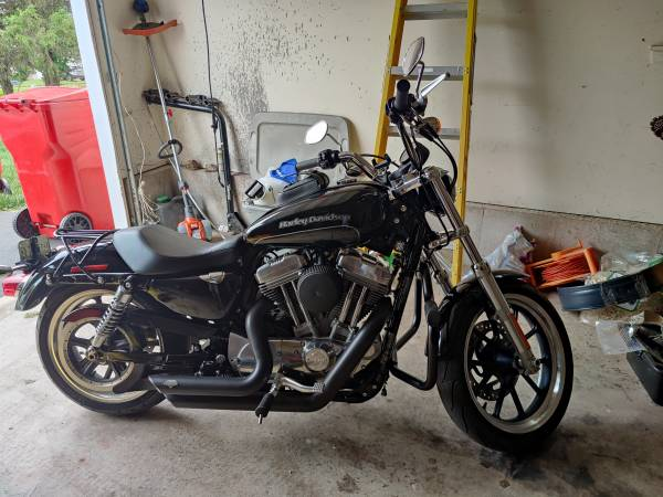 Photo 2015 Harley-Davidson XL883L SPORTSTER SuperLow - $6,100 (Audubon)
