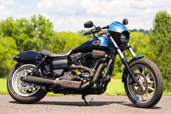 Photo 2017 Harley-Davidson Dyna Lowrider Sport Low Rider S FXDLS Custom - $13,995 (Zieglerville)