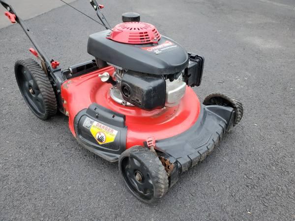 Photo 21quot Troy bilt push mower HONDA motor - $110 (Bristol PA)