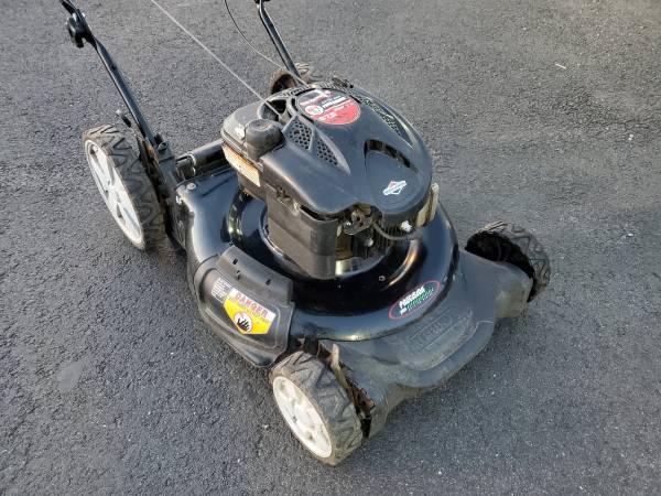Photo 21quot Yard Machines 6.75 PUSH mower - $120 (Bristol PA)