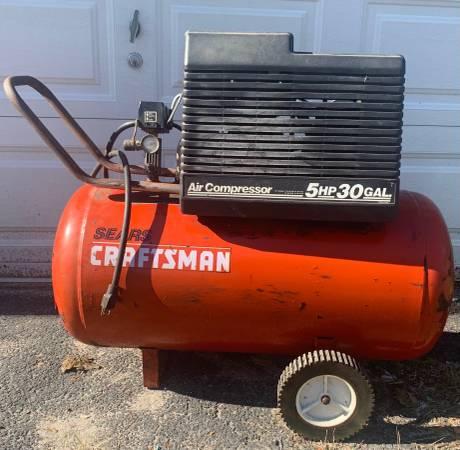 Photo 5HP-30 Gallon Craftsman Air Compressor-240V-Heavy Duty- 12 SCFM40PSI - $350 (Lansdowne)