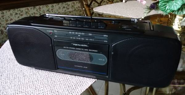 Photo Boombox Realistic Stereo Cassette Tape PlayerRecorder - $50 (Holland)