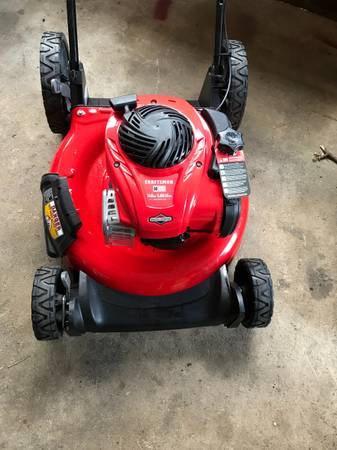 Photo Brand new never used Craftsman lawn mower 5hp 21 inch cut high wheel - $150 (Langhorne)