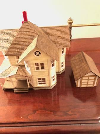 Photo Cbells Scale Models HO Model Grandma39s House 387 and Garage - $60 (Havertown, PA)