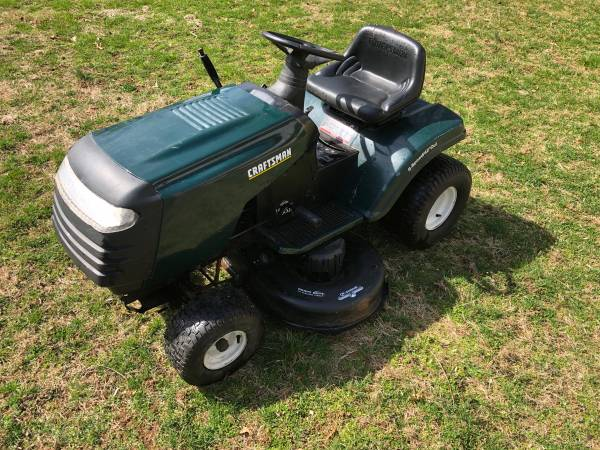 Photo Craftsman 42 riding mower , 14.5hp - well maintained - $400 (West Chester , will deliver)