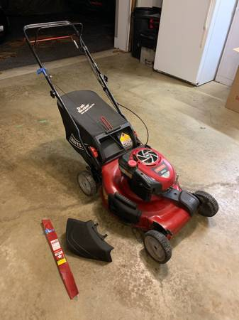 Photo Craftsman 6.75 HP 3 in 1 Lawn Mower 22 - $175 (Newtown Square)