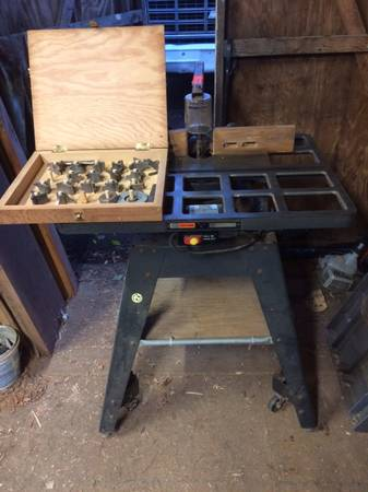 Photo Craftsman shaper with cutters - $125 (Souderton)