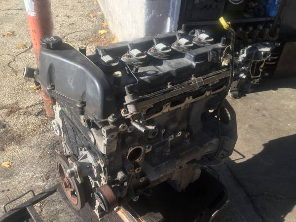 Photo GM 3.5L 5-Cylinder Engine L52 Vortec Runs Great - $750 (Glenside)
