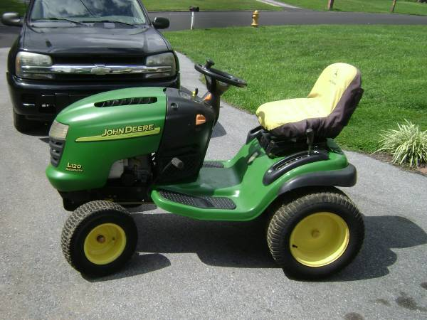 Photo John Deere L120 Tractor - $350 (West Chester,Pa)