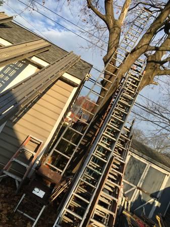 Photo Ladder hoist - 26 ft Laddervator construction material loader - $1,200 (Drexel hill , pa)