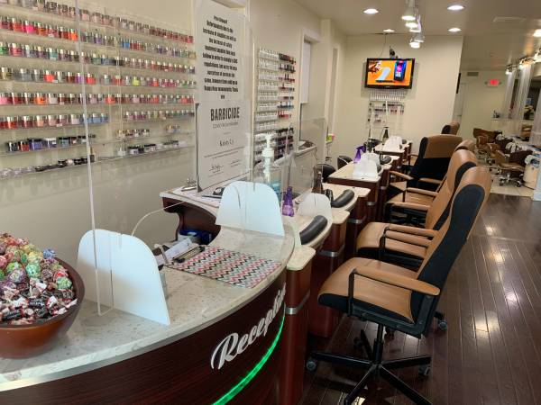 Photo NAIL SALON FOR SALE  - $35,000 (Philadelphia, broomall, king of prussia, upper darby)