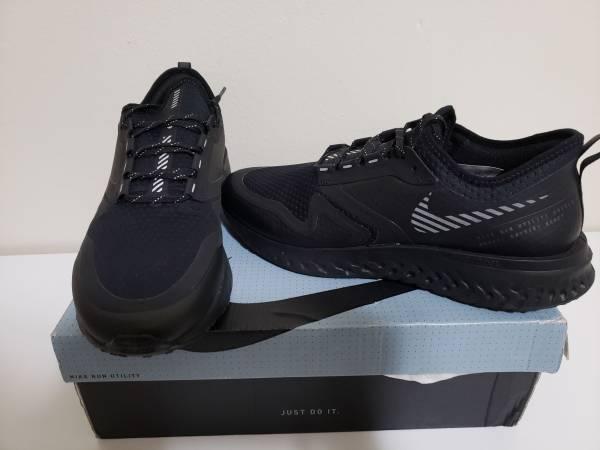 Photo Nike Odyssey React 2 Shield Men39s Running Shoe Sz 9.5 Black BQ1671-001 New - $85 (Philadelphia 19103)