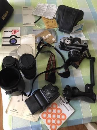 Photo Original Nikon F with lenses  - $350 (WilmingtonHolly Oak)