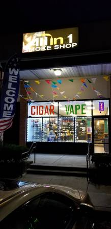 Photo Smoke vape tobacco shop for sale - $169,999 (Hatfield)