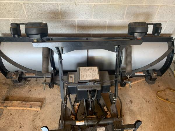Photo Snow Way 90quot snow plow - $1,200 (Chadds Ford, PA)