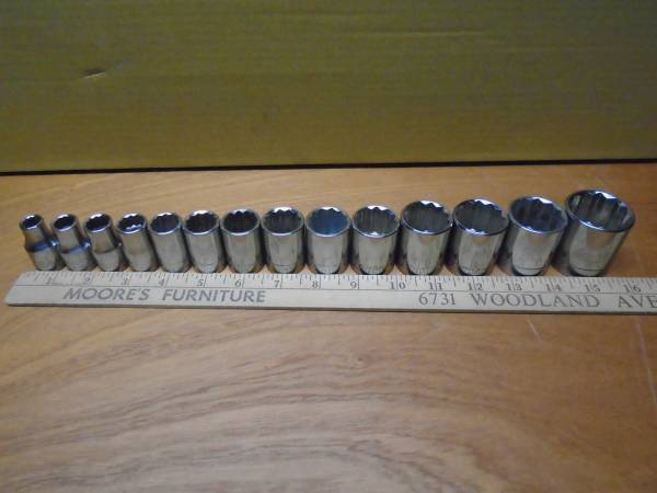 Photo USA Craftsman 12quot drive Socket Set 1 14quot to 38quot Mechanics Tools - $40 (Havertown, Pa.)