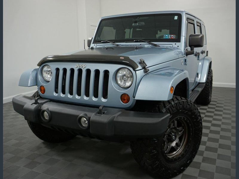 Photo Used 2012 Jeep Wrangler 4WD Arctic for sale