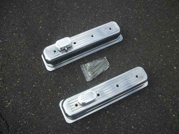 Photo VALVE COVERS, TALL BALL MILLED CENTER HOLE. SMALL BLOCK CHEVY. - $50 (MONTCO, PA)