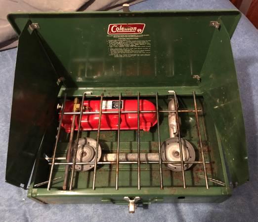 Photo Vintage Coleman Model 425F - Two Burner C Stove - $45 (Croydon)