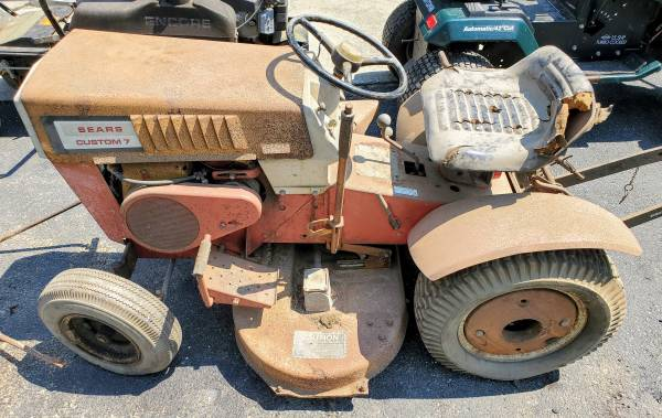 Photo Vintage Sears Custom 7 Garden Tractor Original Manuals  Implements - $299 (Aston)