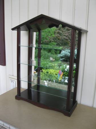 Photo Vtg Cherry Curio Wall Cabinet 3 Glass Shelves Mirrored Back Nice Cond - $40 (Lansdale)