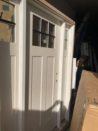 Photo Xtra Exterior Entry Door with Sidelights - $1,200 (Bridgeport)