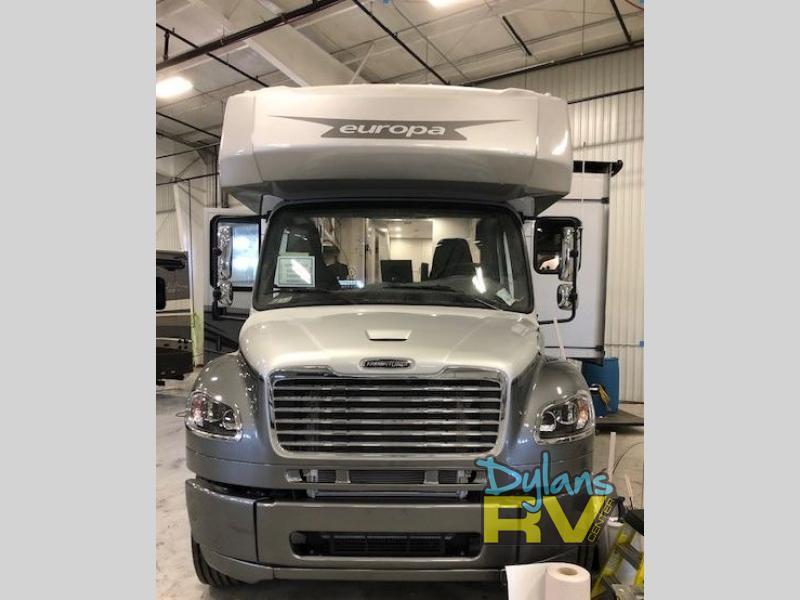 Photo 2022 Dynamax Class C RV  $269988