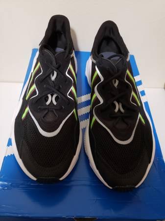 Photo adidas Ozweego Athletic Casual Sneakers Mens Size 11 New - $55 (Philadelphia)