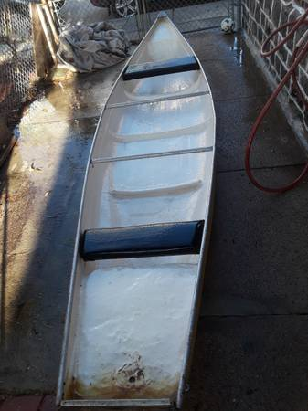 Photo canoe 16 foot flat bottom and back. - $160 (Bridesburg)