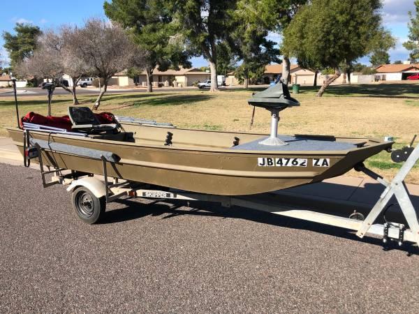 Photo 14 ft aluminum fishing boat Jon Boat - $1900