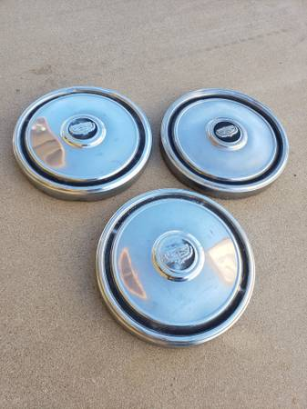Photo 1970s Ford Car  Truck Hubcap Small Poverty Dog Dish Wheel Covers - $40 (Buckeye)