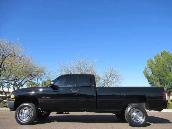 Photo 1998 Dodge Ram 2500 Laramie LB 4x4 12 valve cummins Diesel 1 owner - $21888 (Phoenix)