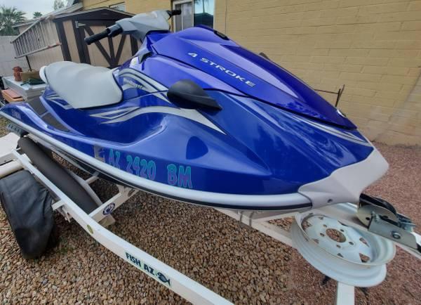 Photo 2007 Yamaha Waverunner VX Deluxe - $4000 (Tempe, AZ)