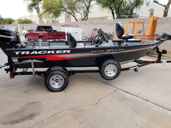 Photo 2012 TRACKER SUPER V16,FT BASS - $9500 (mesa az)