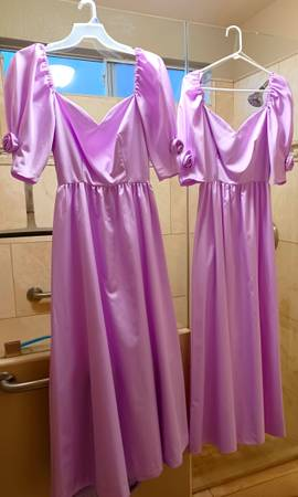 Photo 2 Formal dresses - $25 (Sun City)