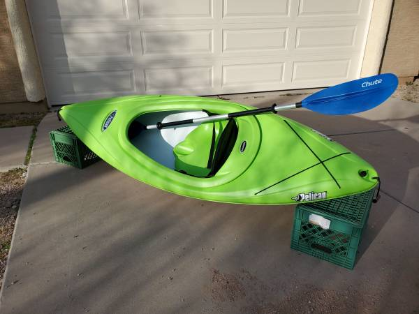 Photo 839 Pelican Vortex 80x Kayak with paddle - $200 (Apache Junction)