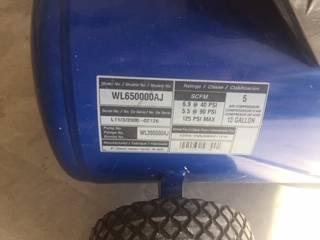 Photo Air Compressor 125 cfm 120 v. 13 gal. (reduced) - $130 (fountain hills, az,)