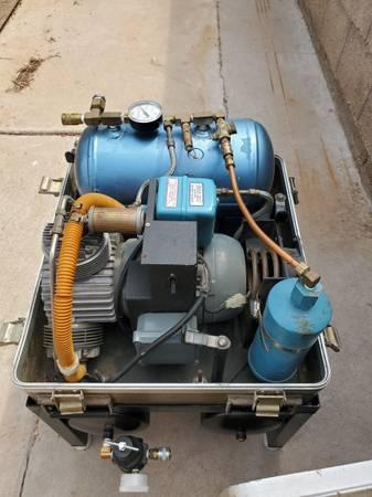 Photo Air techniques M5B portable Air compressor - $450 (Scottsdale)