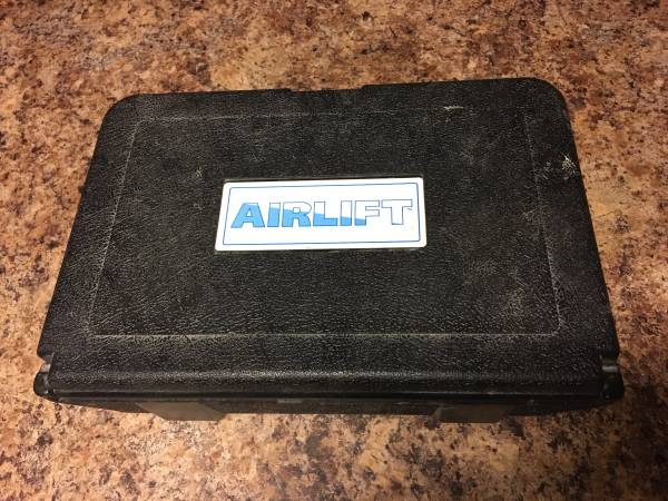 Photo Airlift Cooling System Leak Checker and Airlock Purge Tool Kit - $90 (Mesa)