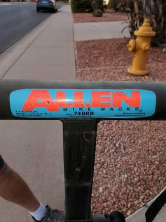 Photo Allen Deluxe Swing Away 4 Bike Carrier Model 740RR - $75 (Chandler)