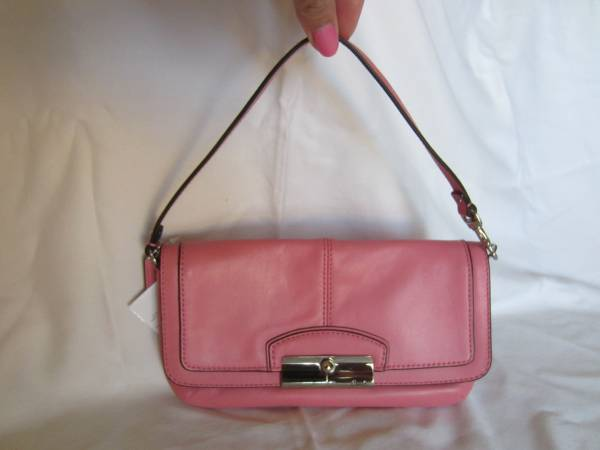 Photo Authentic Coach Rose Coral Pink Leather Large Flap Wristlet F48988 NEW - $35 (n phoenix)