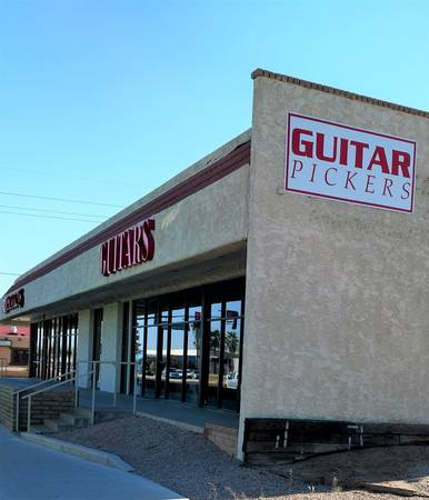 Photo Buy Sell Trade Consign Quality Pre Owned Guitars Amps (Guitar Pickers Scottsdale)