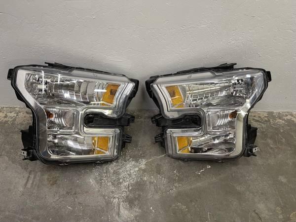 Photo Ford F-150 Headlight, Ford F150 Headl, Ford F150 Light, DRIVER Side - $120